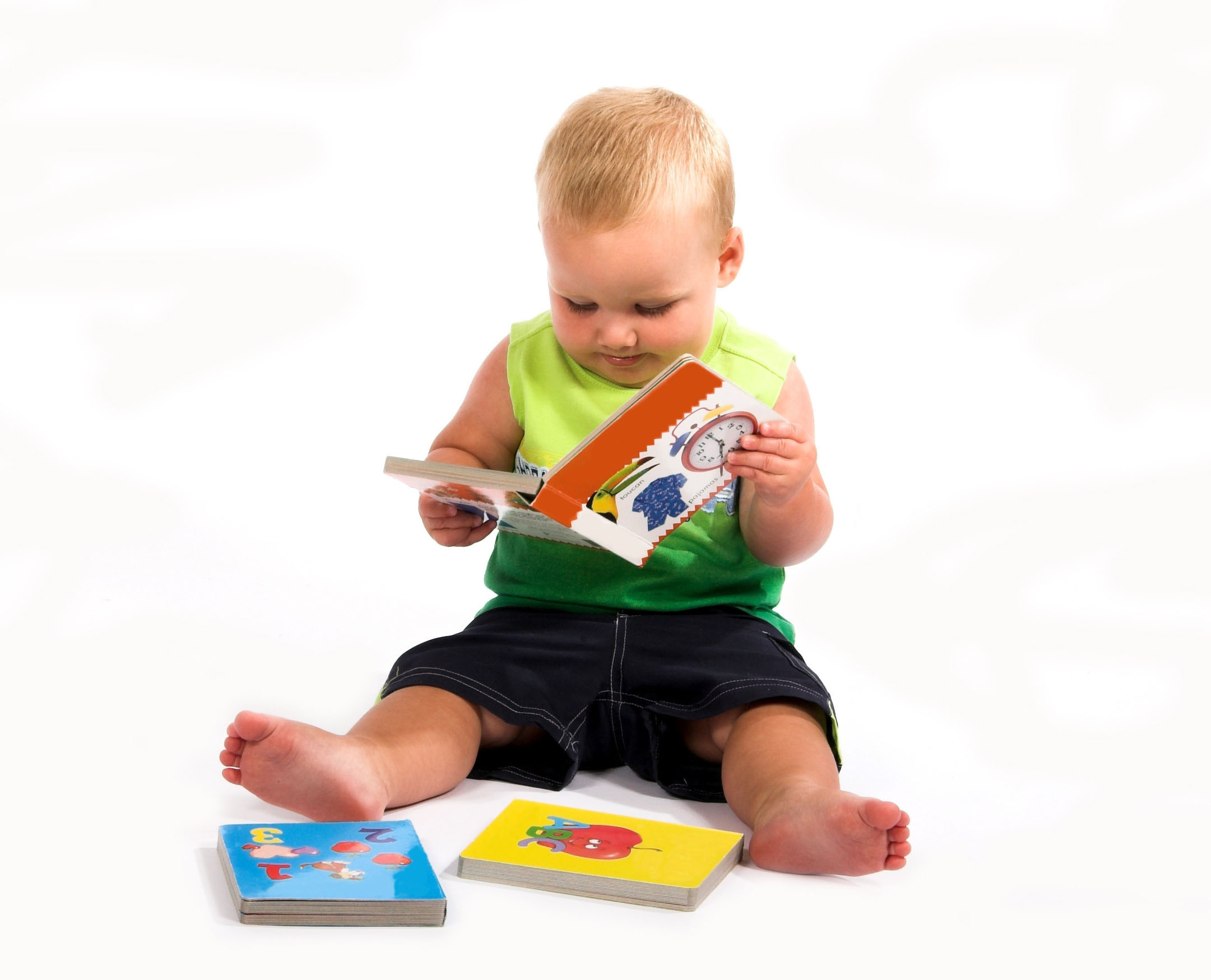Are Electronic Toys Better for Your Baby
